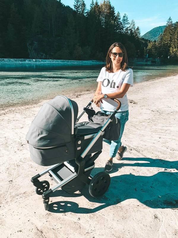 Na sprehodu ob Jezeru Jasna - vikend izlet z dojenčkom