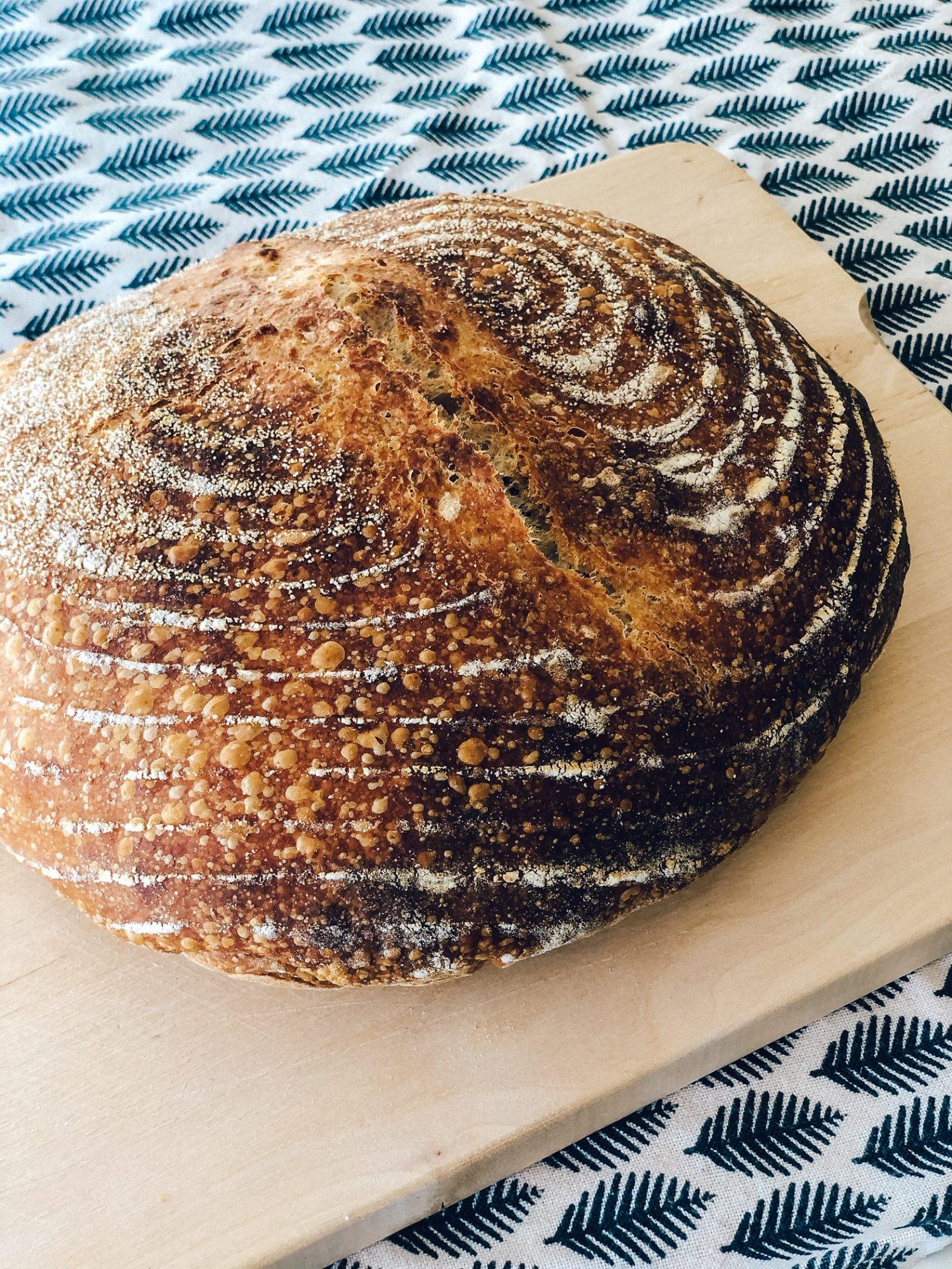 Učenje peke kruha z drožmi - hlebček