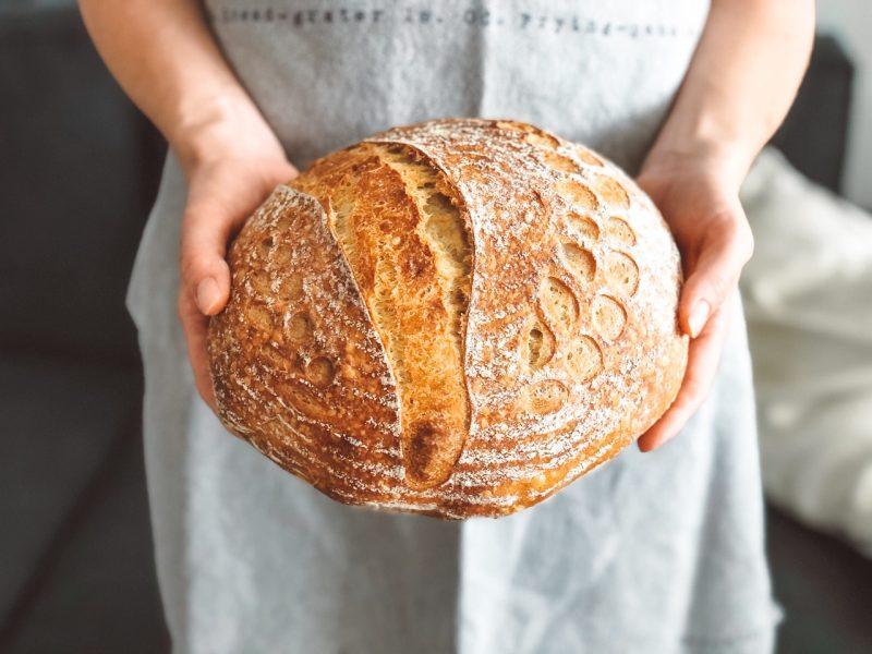 Peka kruha z drožmi - popoln hlebček