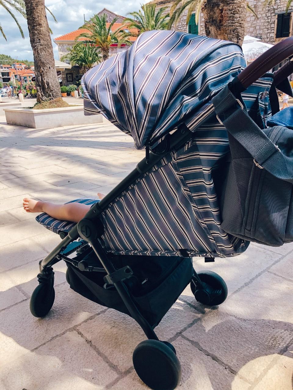 Voziček marela Elodie Mondo na potovanju