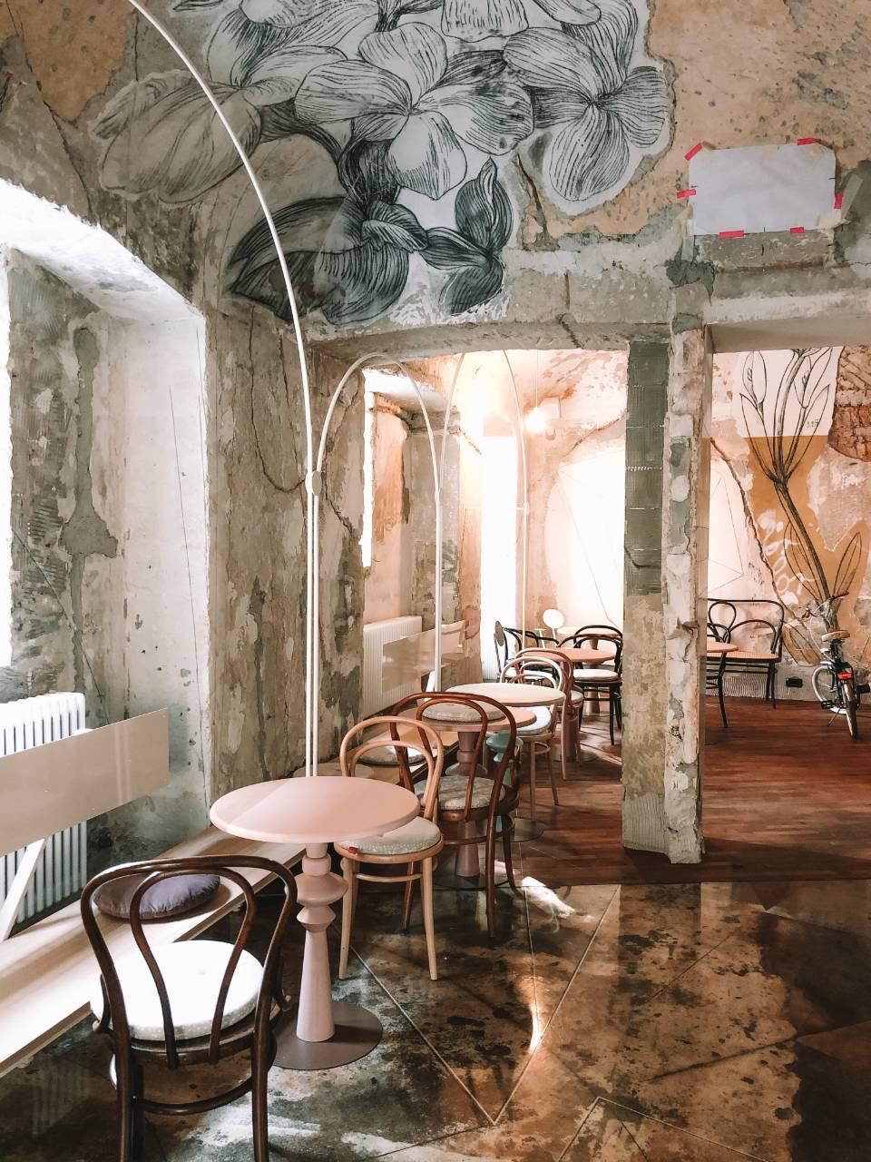 Lolita Eipprova obokani strop