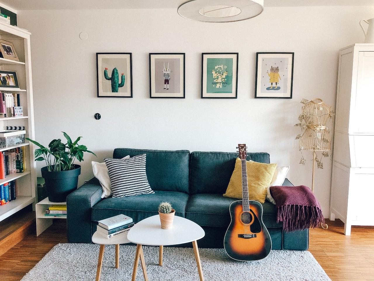 Dnevna soba z galerijo Little Otja